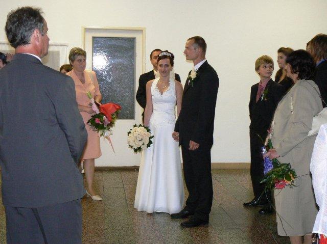 Terka{{_AND_}}Marek - o chvíľu je rpvý prípitok pre nás ako manželov