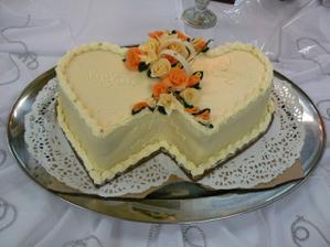 ...svadobná torta...