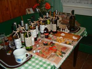 příprava etiket na lahve s vínem