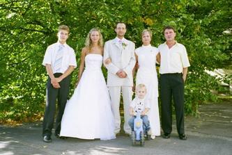 Bratr, rodice nevesty a nas syn Patrik