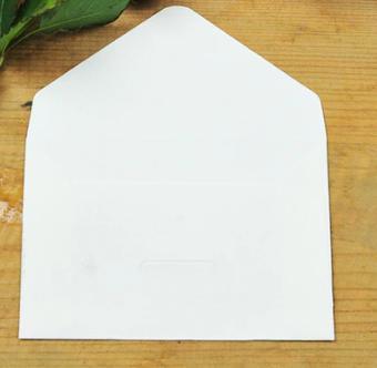 bílá obálka šířka 10,5 cm, výška 6,7 cm - Obrázek č. 1