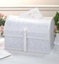 a krabičku na přáníčka a dárečky taky