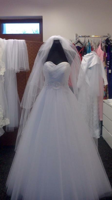 Svadobné šaty-ihneď k odberu - Obrázok č. 4