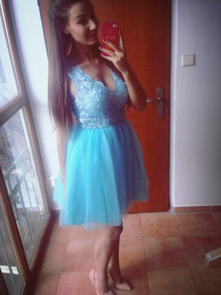Modré spoločenské šaty - Obrázok č. 4