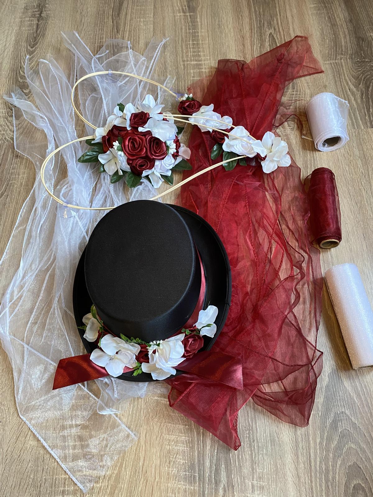 Ozdoby na auto ženicha a nevěsty - Obrázek č. 1