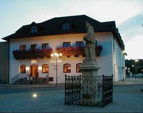 místo hostiny - Hotel Stará škola