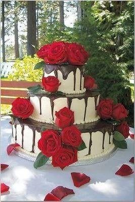 Den D - z dortů zvítězil jednoznačně a už je i objednaný... stačí jen sehnat růžičky. :oD