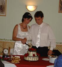 ...nakonec došlo i na krájení dortu ...