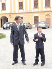 Taťka a bráška Mišánek :-).