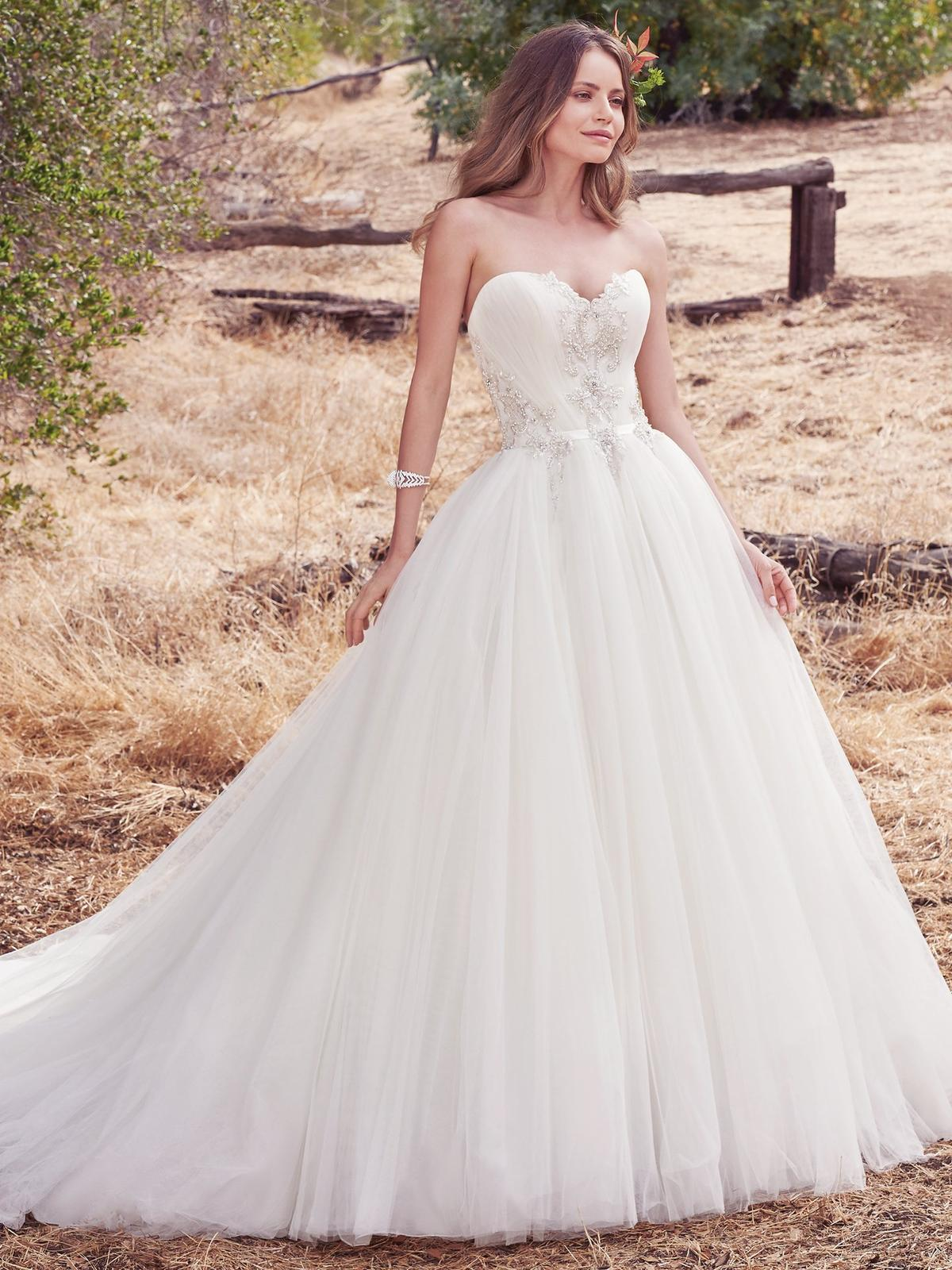 Nové svadobné šaty ♥ PRIYA ♥ v Nitre - PRIYA (nová kolekcia)