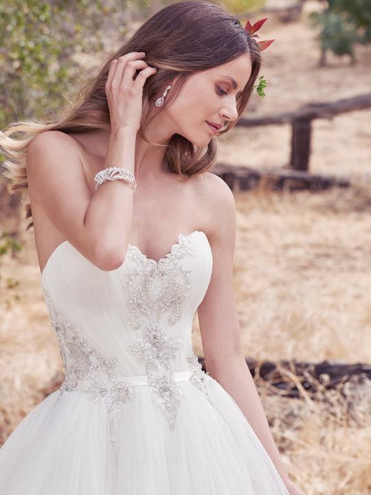 Nové svadobné šaty ♥ PRIYA ♥ v Nitre - PRIYA (nová kolekcia ... 54e541b65dd