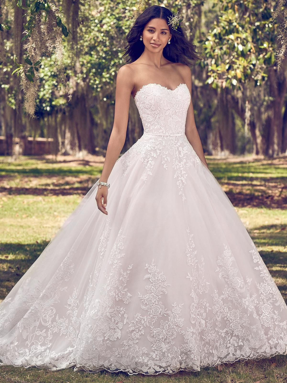 Nový svadobný model ♥ VIOLA ♥ v Nitre - VIOLA (nová kolekcia)