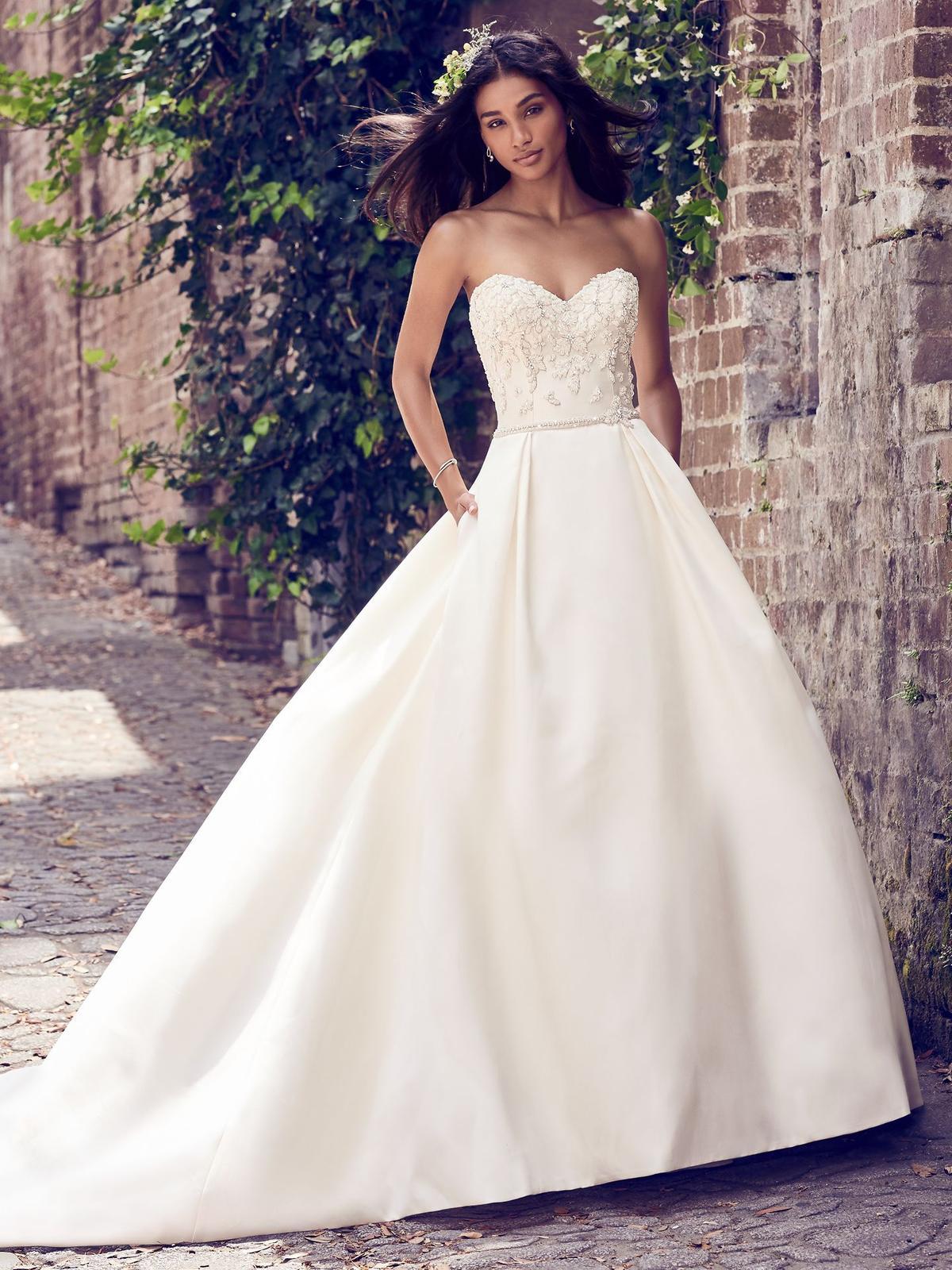 Nový svadobný model ♥ GISELLE ♥ v Nitre - GISELLE (nová kolekcia)
