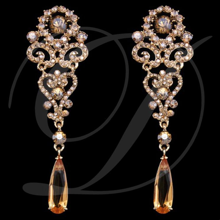 Elegantné dlhé zlaté náušnice - Obrázok č. 1