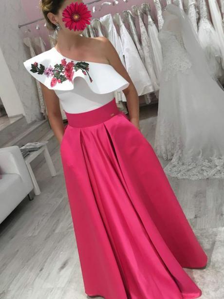Štýlová saténová malinová sukňa - Obrázok č. 2