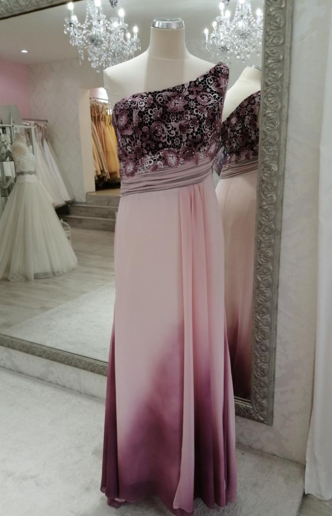 Spoločenské šaty - Panna - Obrázok č. 1