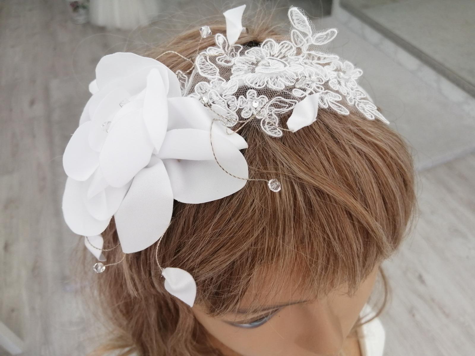 Čelenka s kvetom biela a ivory - Obrázok č. 2