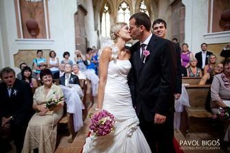 první manželský polibek .-)