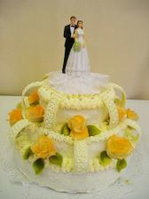 náš dortík, akorát růžičky budou růžové