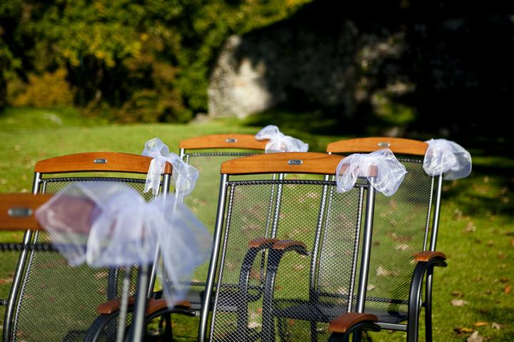 Jaňula{{_AND_}}Staník - Ozdobené židle na hradě