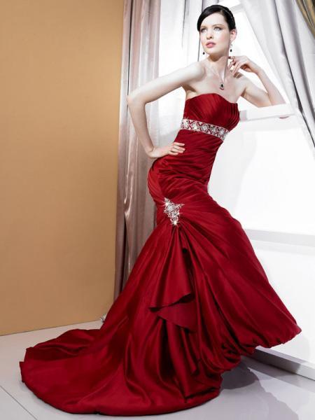 Krááásne červeno-biele šaty - Obrázok č. 29