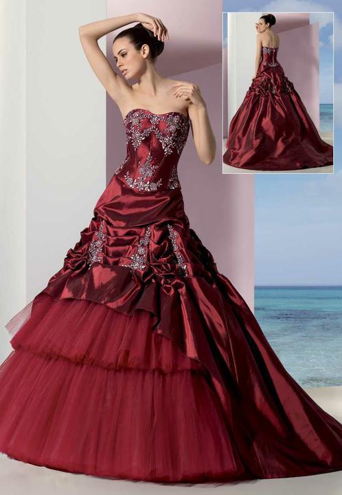 Krááásne červeno-biele šaty - Obrázok č. 38
