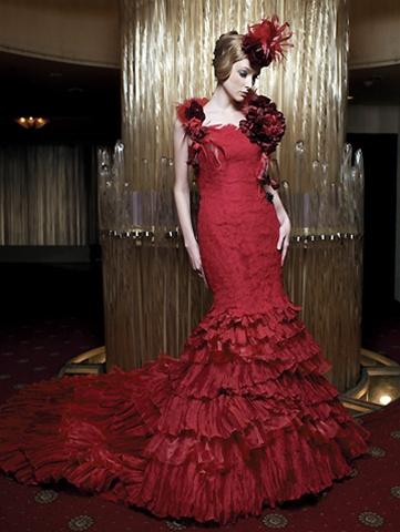 Krááásne červeno-biele šaty - Obrázok č. 45