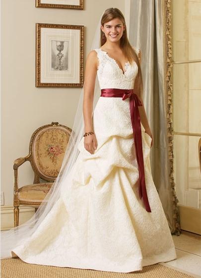 Krááásne červeno-biele šaty - Obrázok č. 59