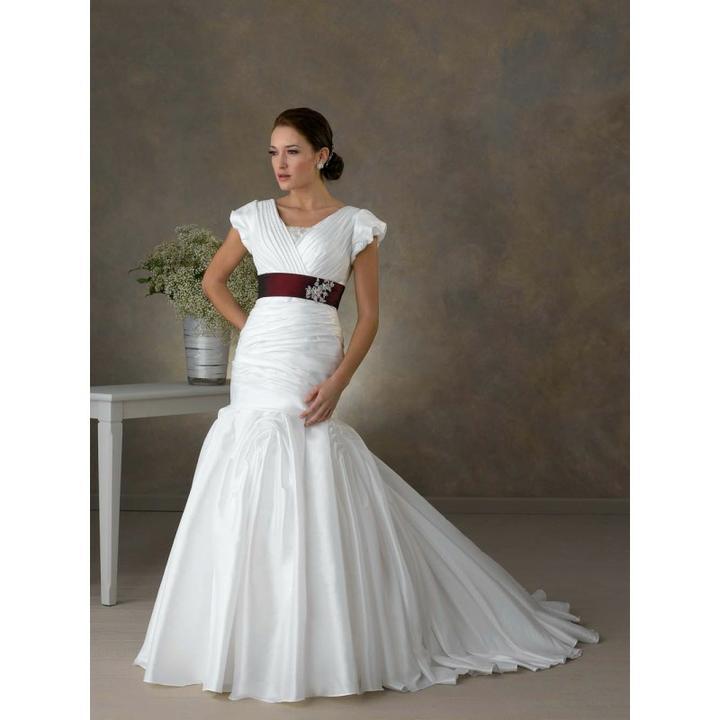Krááásne červeno-biele šaty - Obrázok č. 62