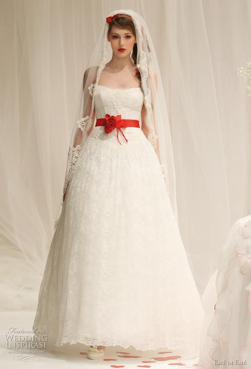 Krááásne červeno-biele šaty - Obrázok č. 63