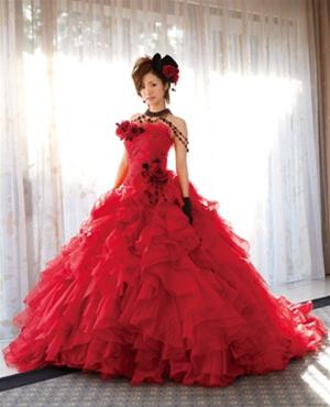 Krááásne červeno-biele šaty - Obrázok č. 65