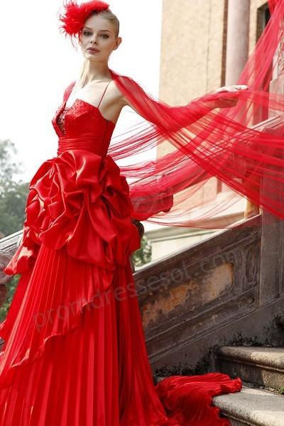 Krááásne červeno-biele šaty - Obrázok č. 79