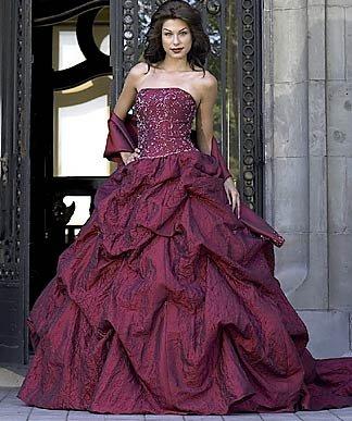 Krááásne červeno-biele šaty - Obrázok č. 99