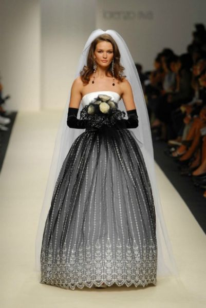 Krááásne čierno-biele šaty - Obrázok č. 179