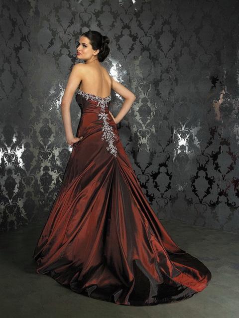 Krááásne červeno-biele šaty - Obrázok č. 14