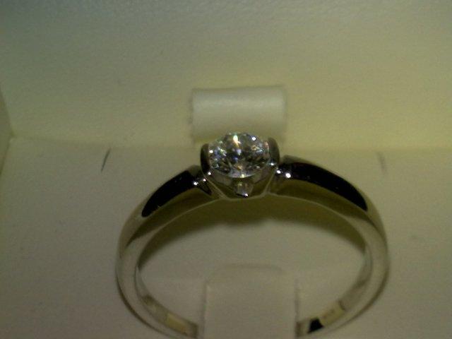 18.6.2011 - zásnubny prstienok
