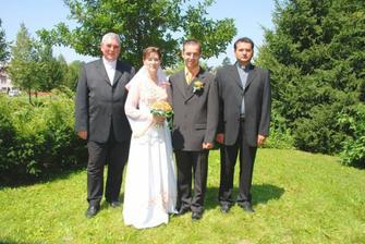 kněží  co byli na svatbě