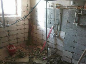budoucí koupelna, zatím nic moc..........