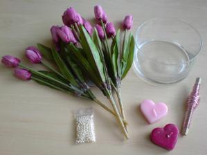 na výrobu ikebany a držiakov menoviek,v skutočnosti sú tie tulipány viac do ružova