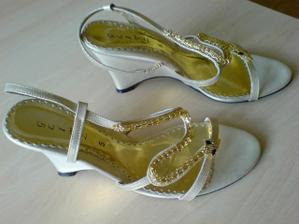 moje sandálky,srdečná vďaka Jerryjanke