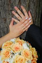 taký je zákon, ktorý lásku do prsteňov zviaže