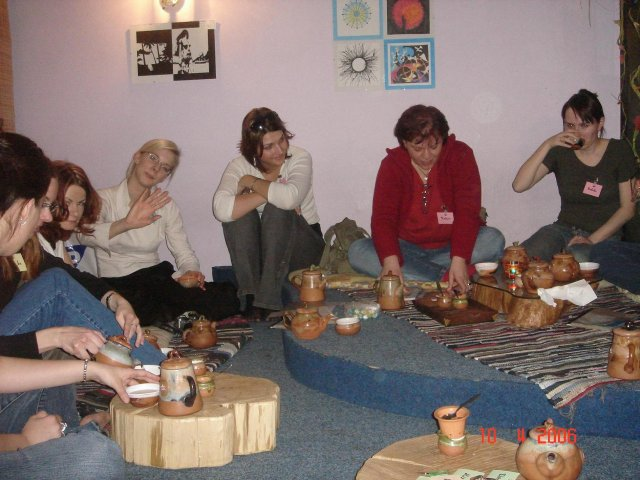 Stretko snažiliek a nesnažiliek, v BA 10.4.2006 - kviotecek, zab_ka, michelle, made, nufka, katrin, rebeka