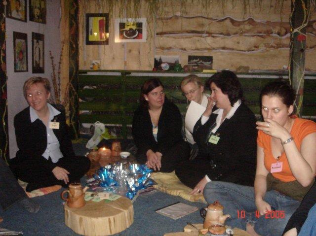 Stretko snažiliek a nesnažiliek, v BA 10.4.2006 - zuz, emjee, made, michala, kviotecek