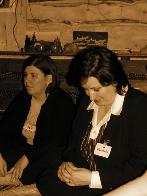 Stretko snažiliek a nesnažiliek, v BA 10.4.2006 - emjee a michala