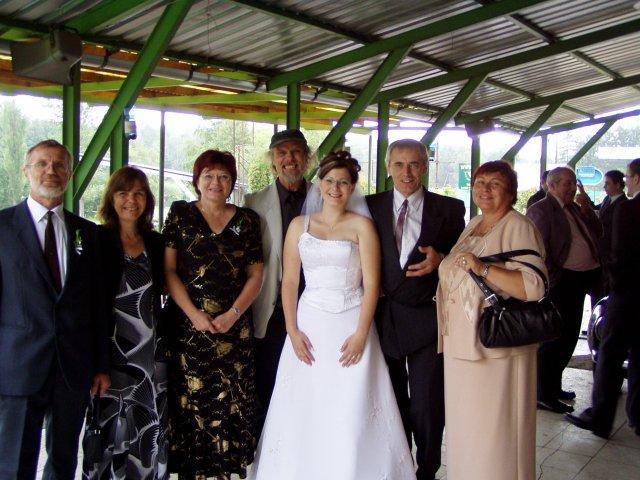 Lenka Bednářová{{_AND_}}Lukáš Vlach - rodinka