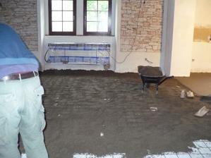 podruhé betonujeme podlahy