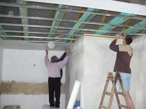 začínáme dělat sádrokartonové stropy
