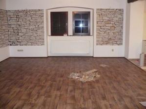 konečně podlaha v obýváku