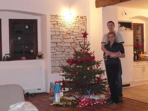 Vánoce 2009 - dva dny po nastěhování :) byly to krásné Vánoce... :)