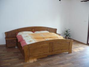 naše provizorní ložnice - později to bude dětský pokoj